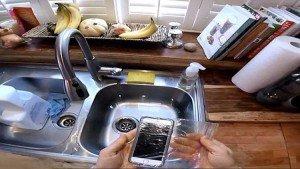 teléfono inteligente a prueba de agua