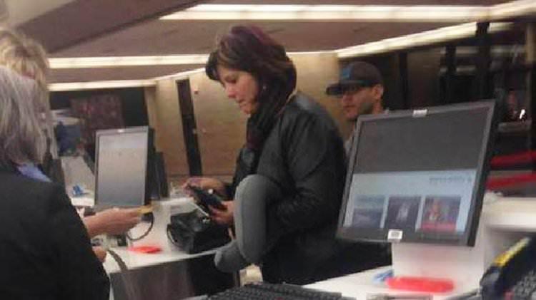 Buena Samaritana paga el vuelo de una niña