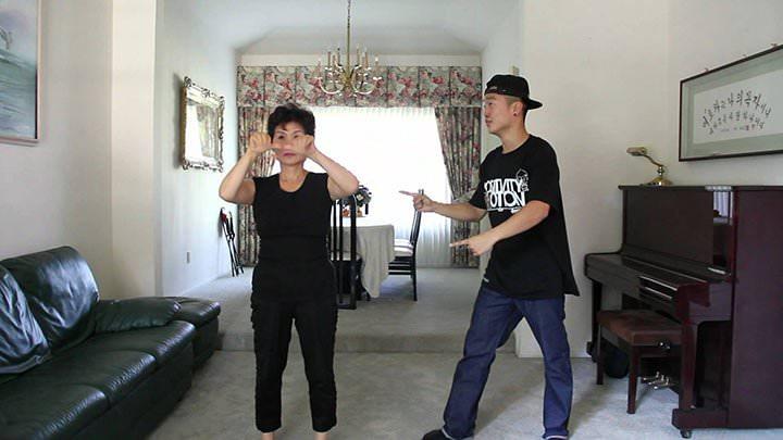 Su madre sorda de 60 años baila el Gangnam Style