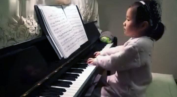 De los niños prodigios pianistas, Anke es sin igual
