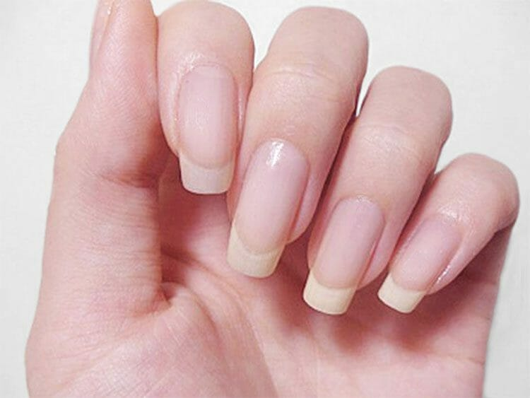 Uñas largas – no siempre son bonitas y pueden ser perjudiciales para la salud